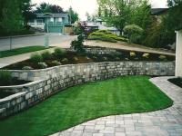 Retaining Wall & Paver Walkway