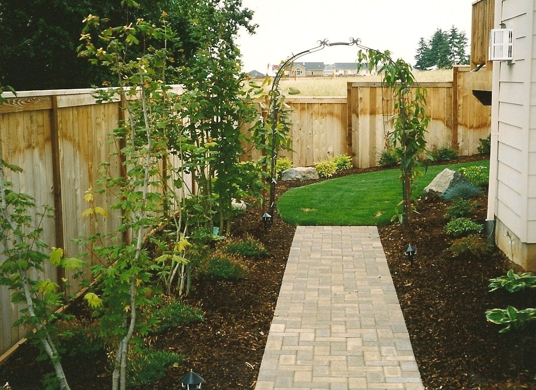 Landscaping salem oregon davidson 39 s landscape services for Yard landscaping